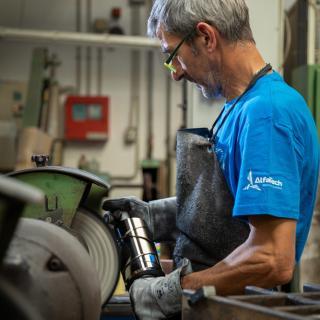 Preparazione e finitura pre e post trattamento superficiale dei metalli - Settore TESSILE